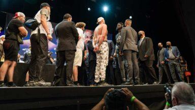 Tyson Fury Deontay Wilder Staredown