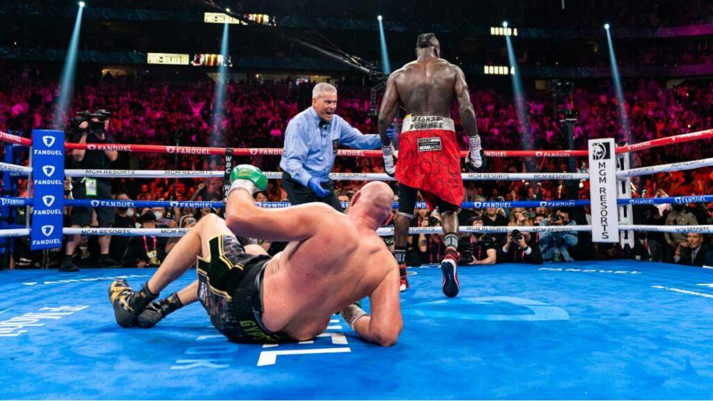 Tyson Fury Knocked Down vs Deontay Wilder 3 Las Vegas October 2021